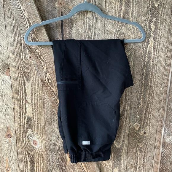 Women's Black Yola - Petite Skinny Scrub Pants